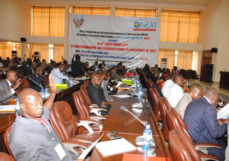 Table ronde organisée par l'ONEM sur le Renforcement des Capacités des SPP